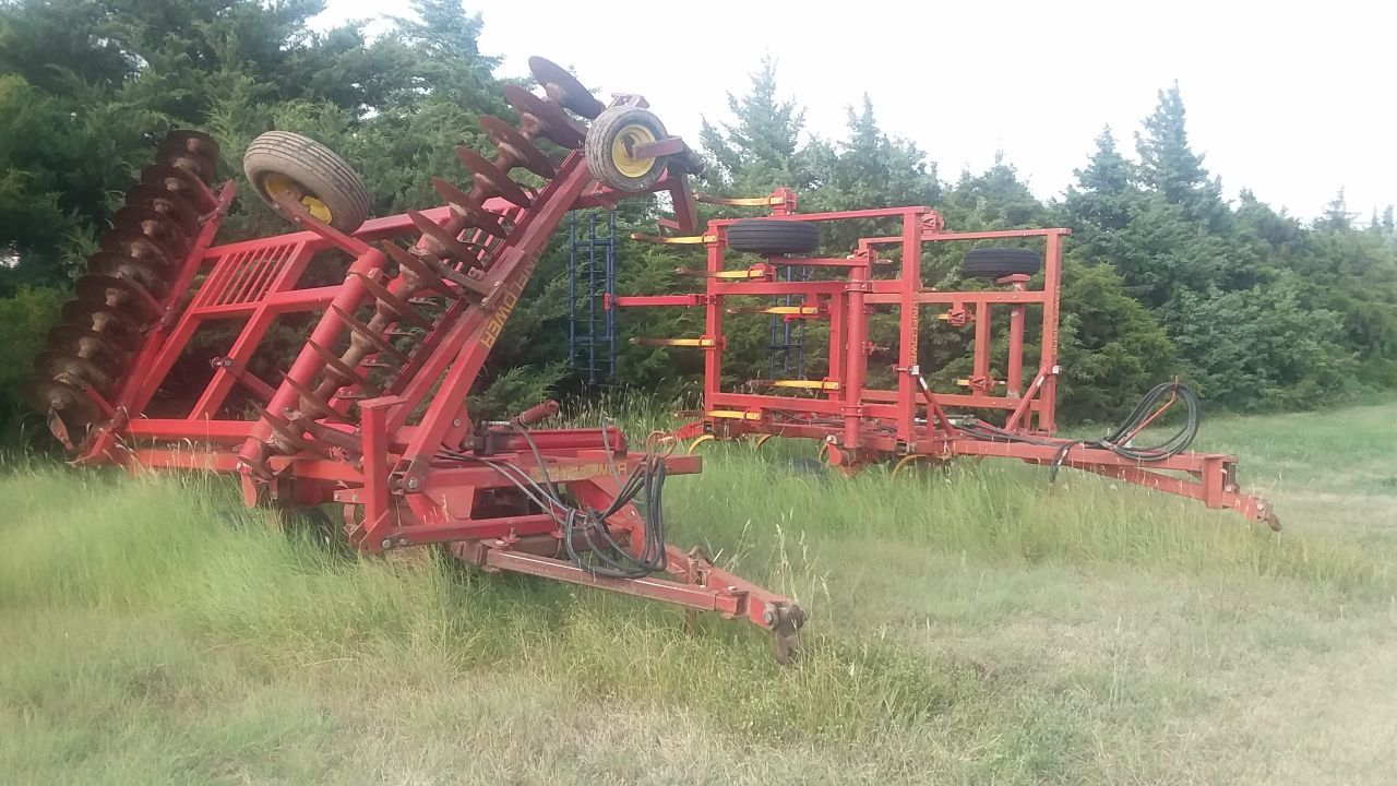 Item 65 in FARM MACHINERY AUCTION gallery