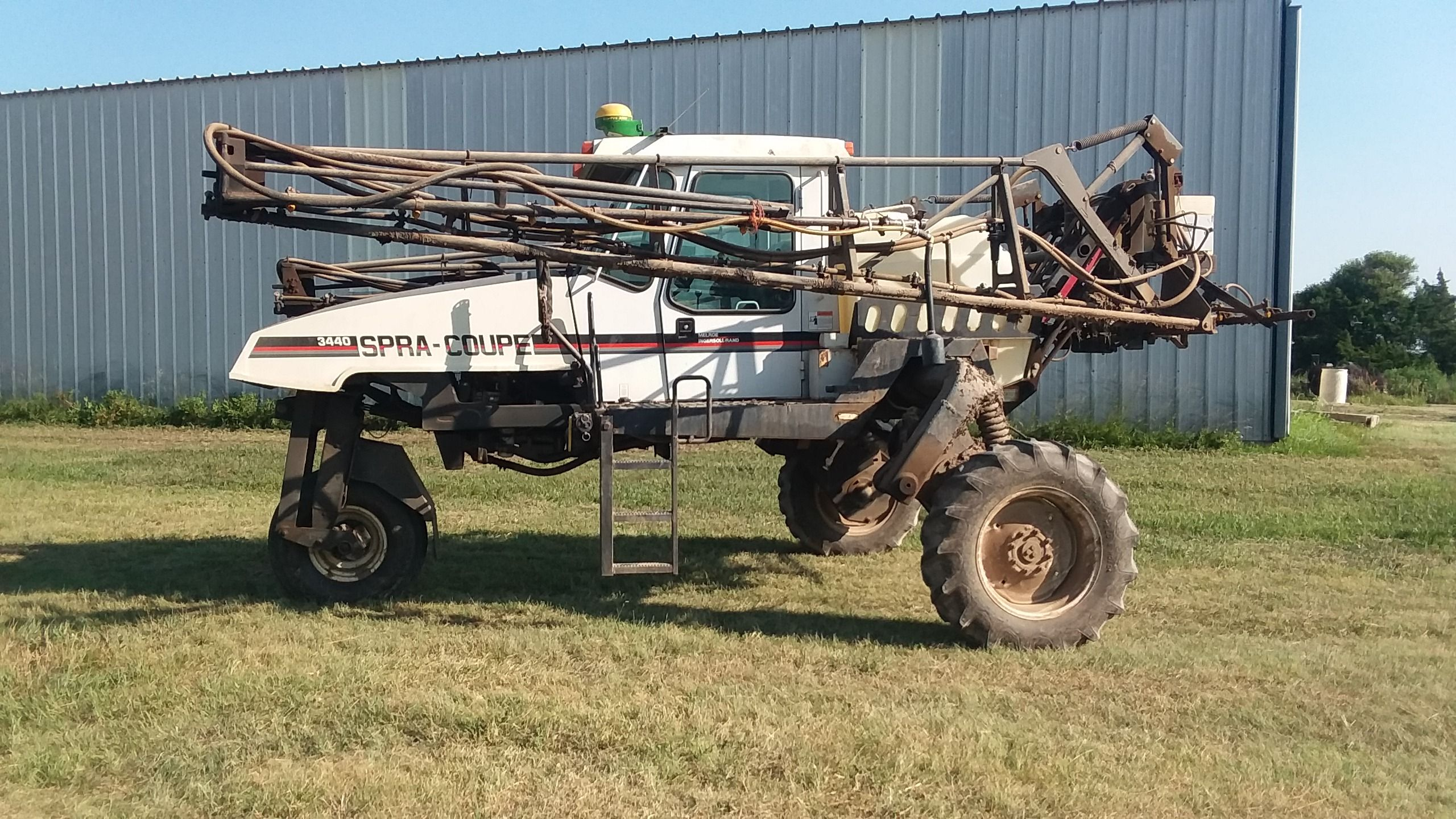 Item 48 in FARM MACHINERY AUCTION gallery