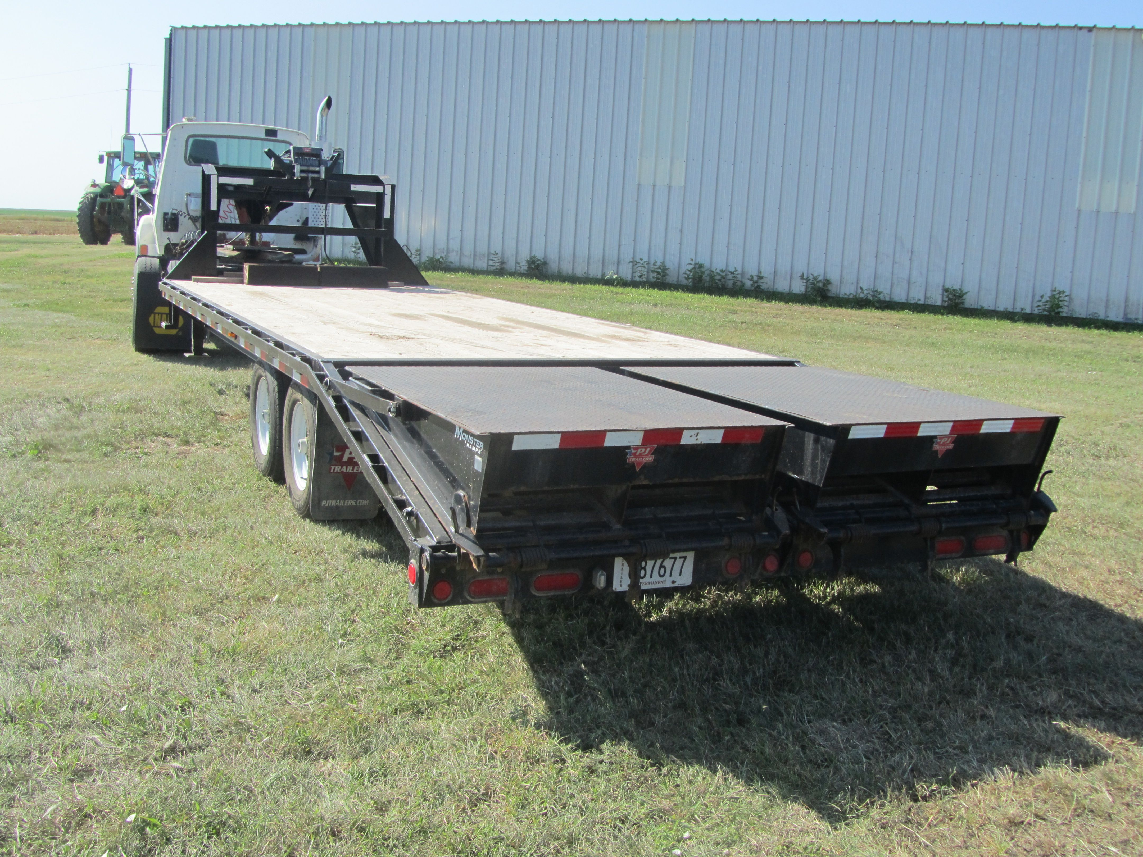 Item 45 in FARM MACHINERY AUCTION gallery