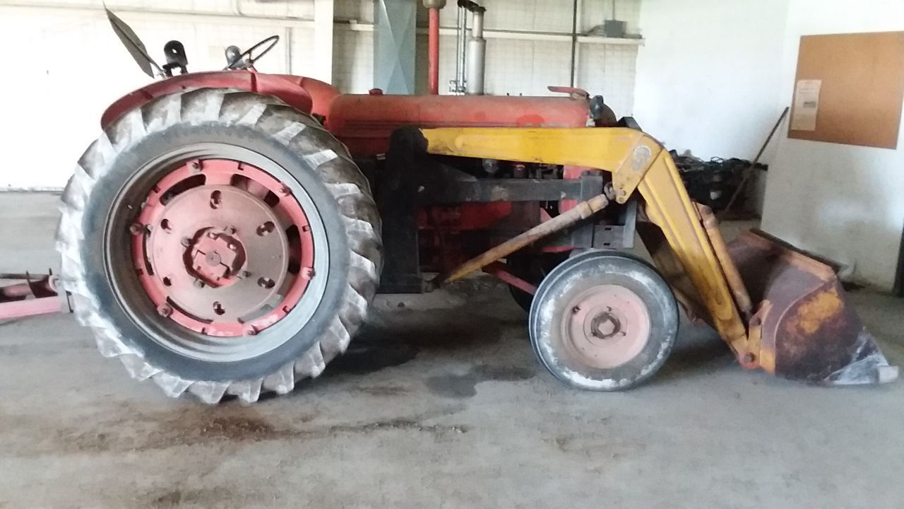 Item 55 in FARM MACHINERY AUCTION gallery