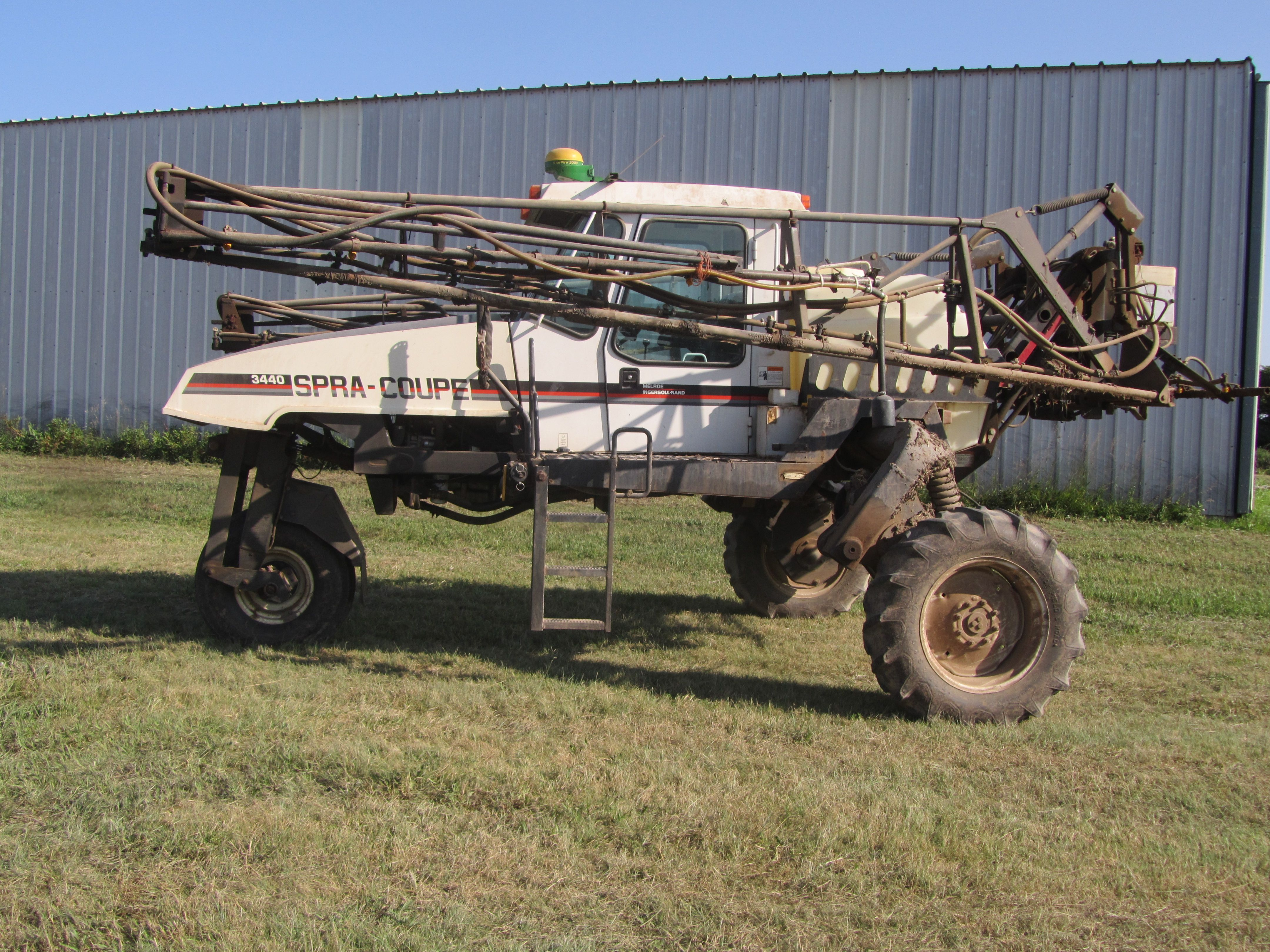 Item 60 in FARM MACHINERY AUCTION gallery