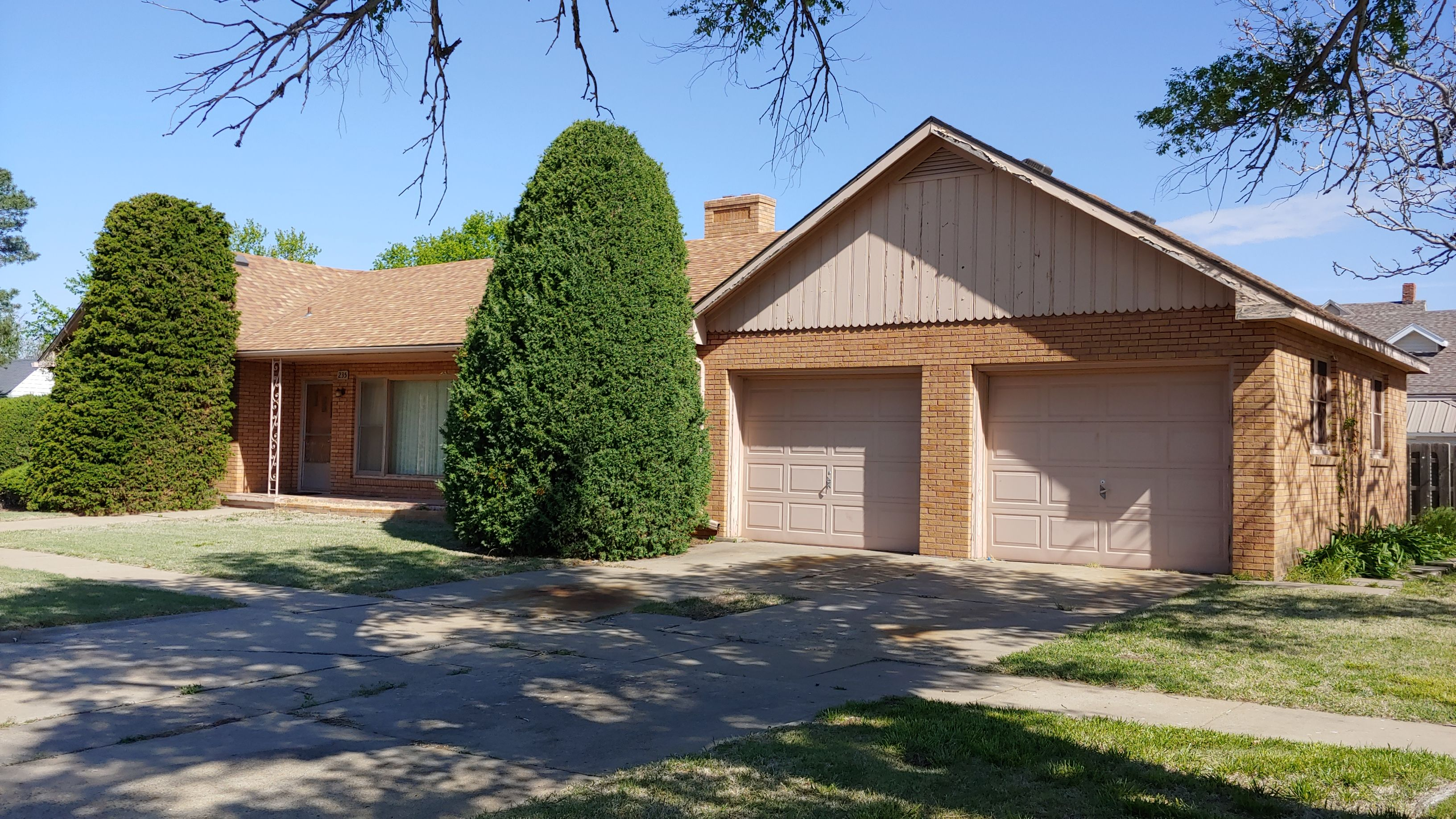 Item 14 in Real Estate and Personal Property Auction gallery