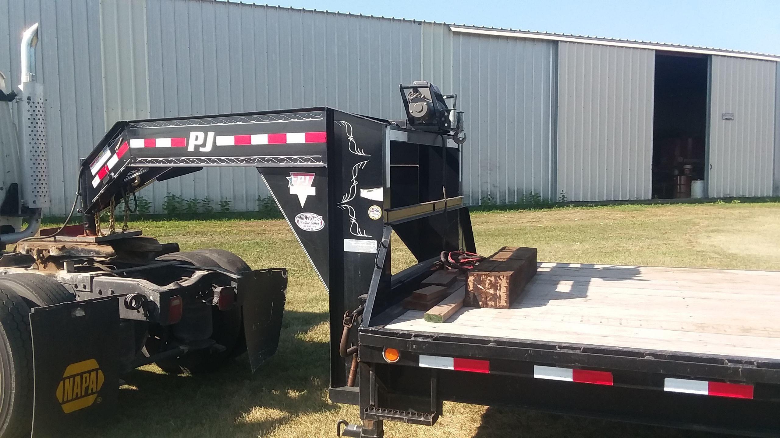 Item 88 in FARM MACHINERY AUCTION gallery