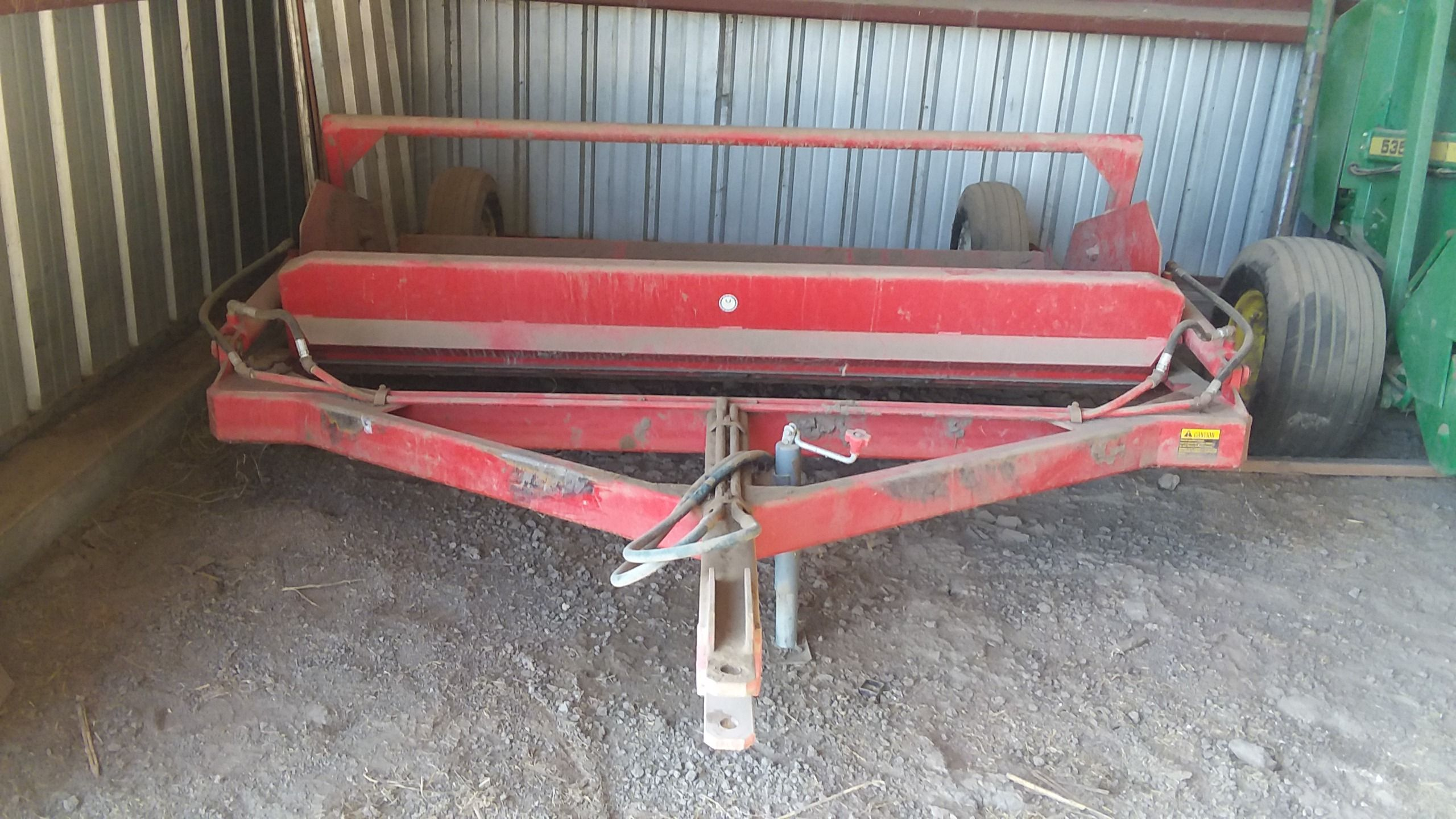 Item 2 in FARM MACHINERY AUCTION gallery