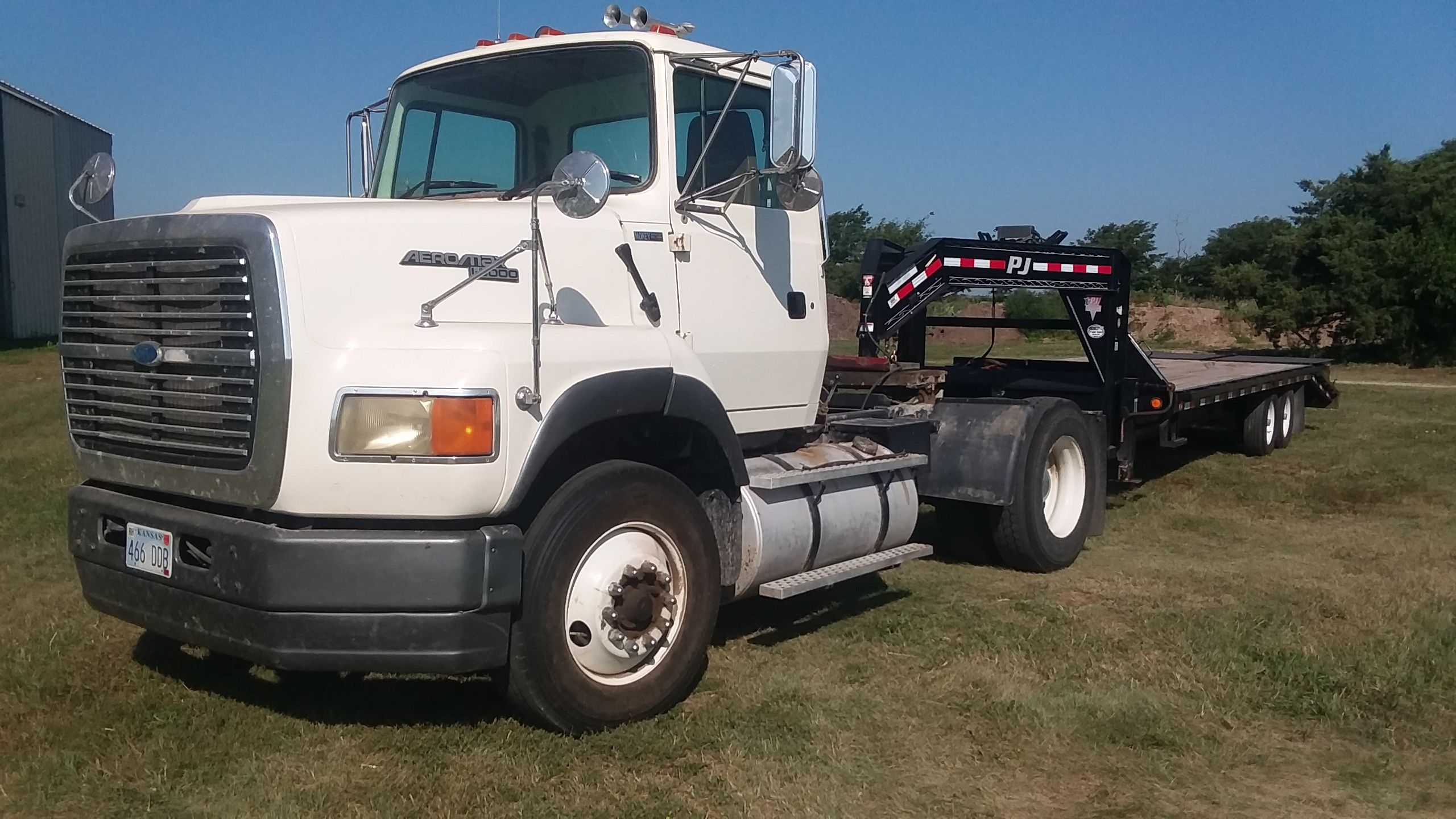 Item 62 in FARM MACHINERY AUCTION gallery