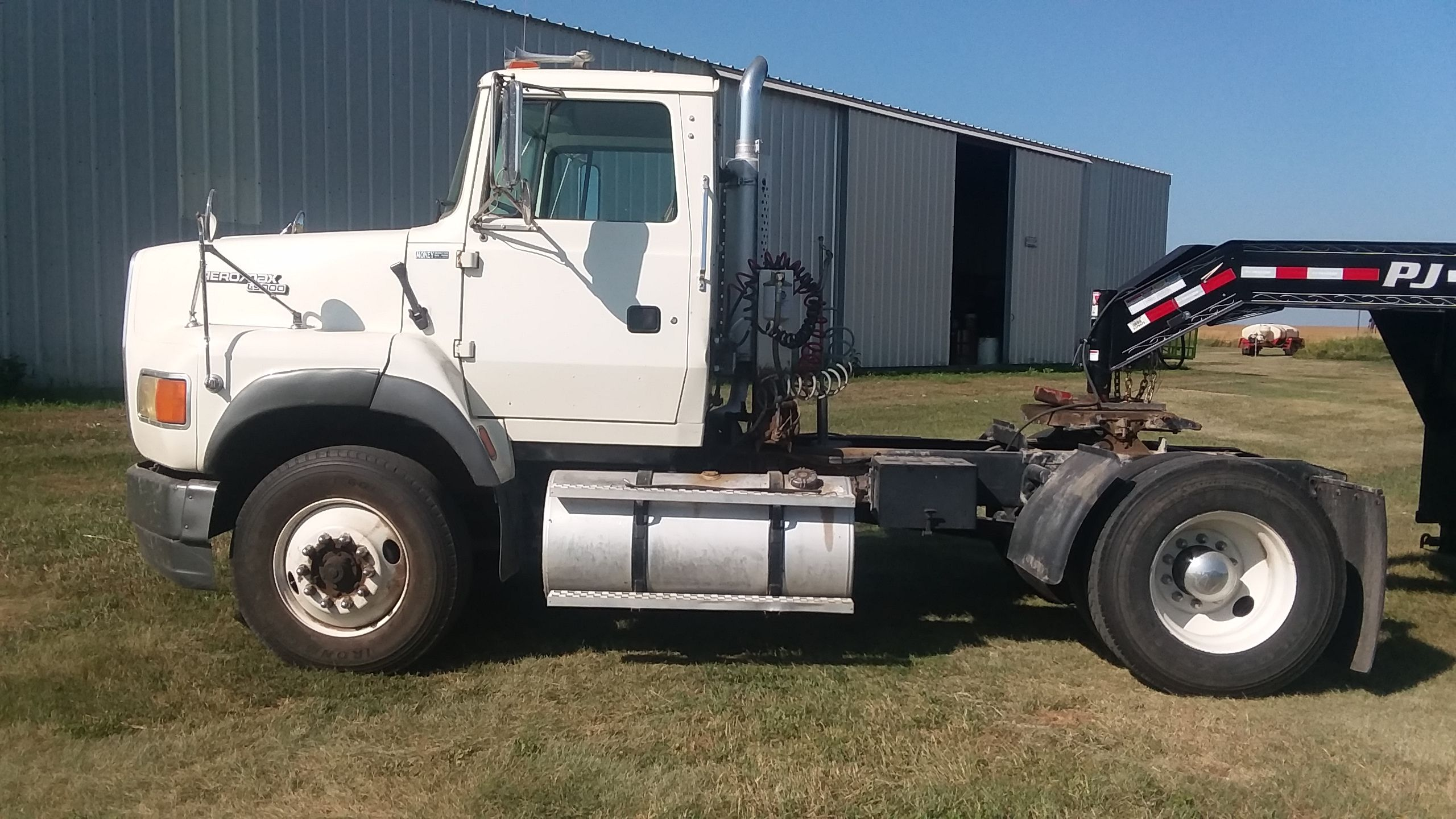 Item 83 in FARM MACHINERY AUCTION gallery