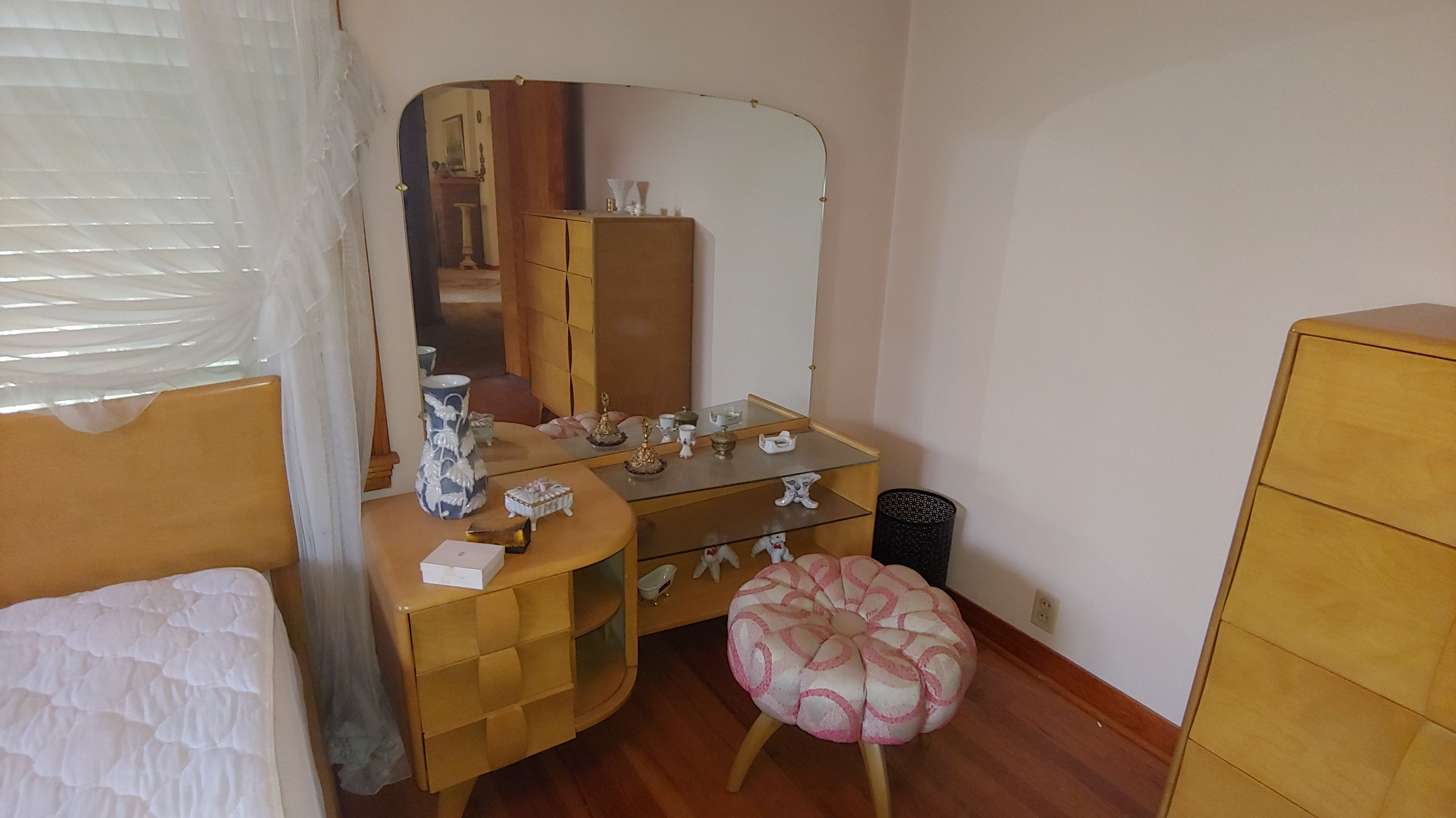 Item 33 in Real Estate and Personal Property Auction gallery