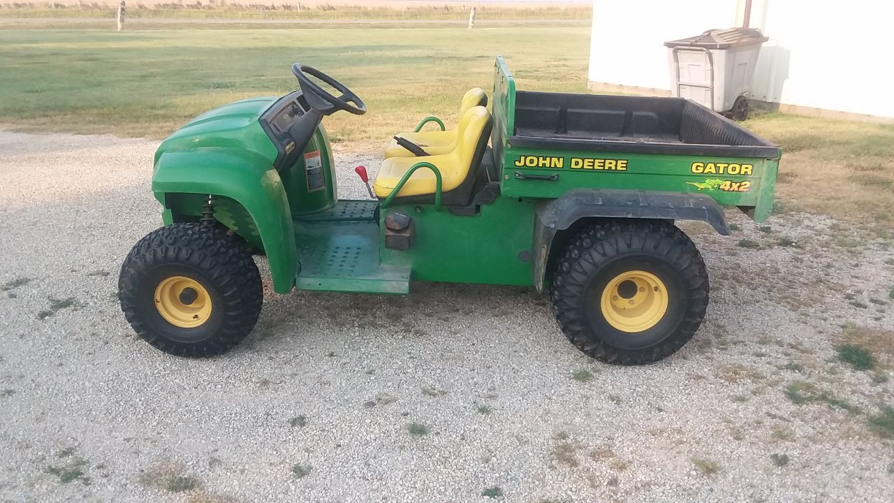 Item 44 in FARM MACHINERY AUCTION gallery
