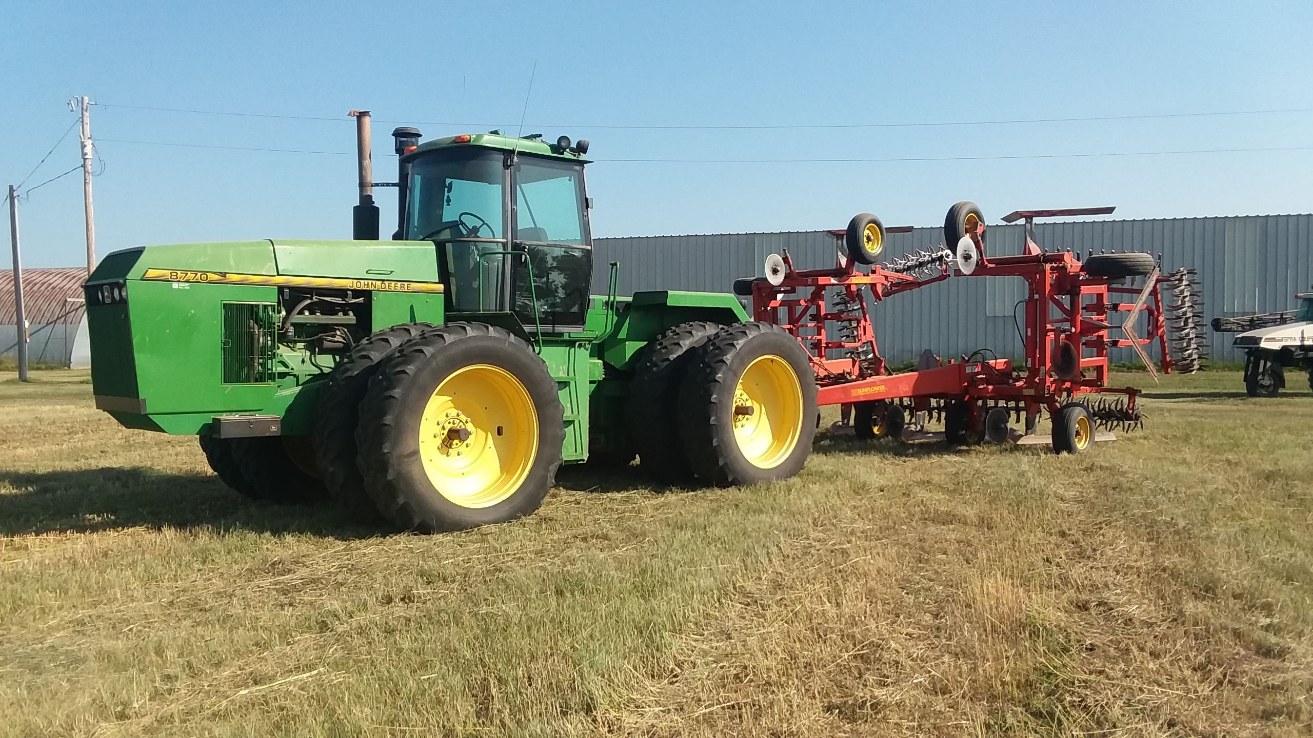 Item 19 in FARM MACHINERY AUCTION gallery