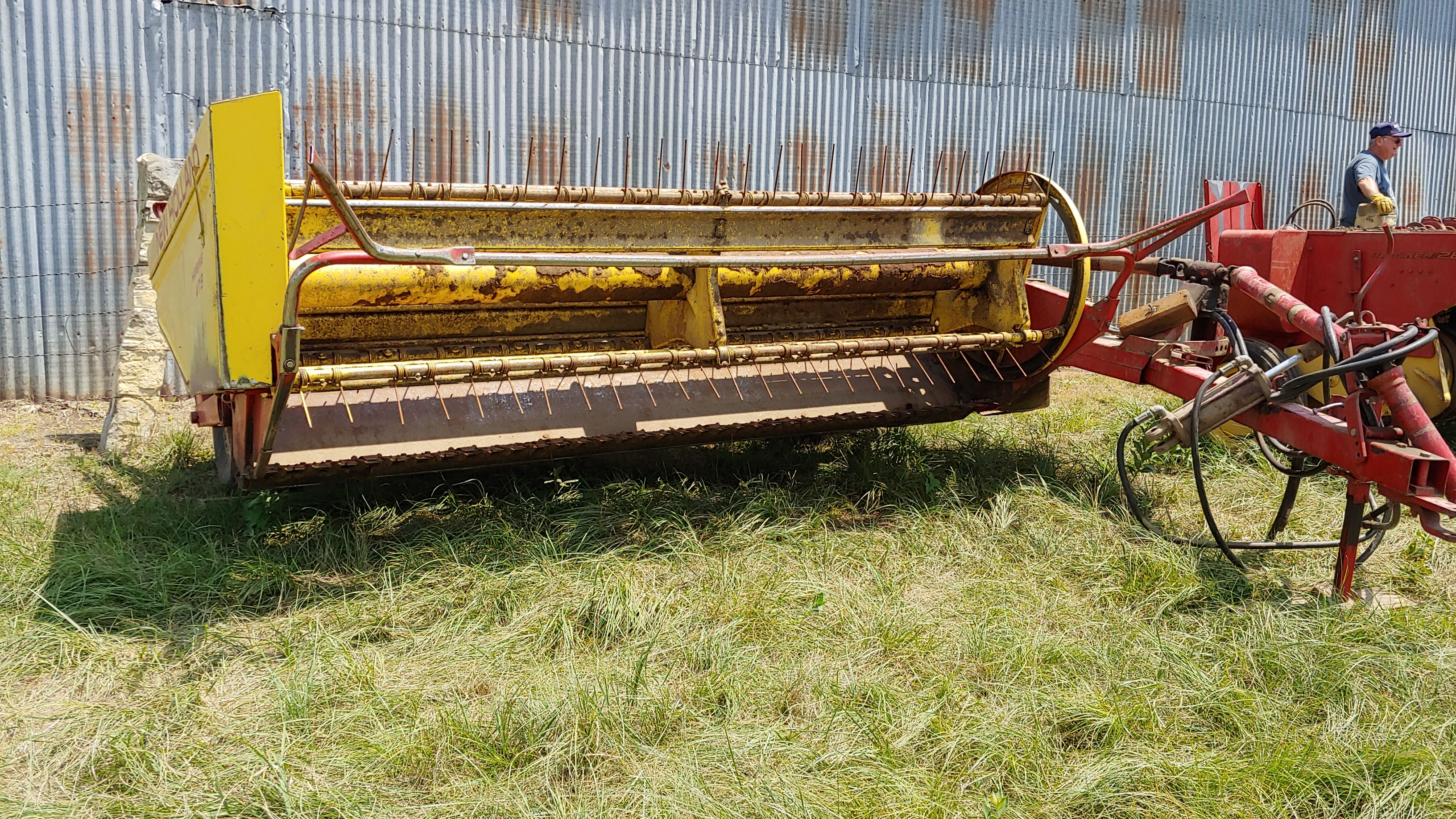 Item 51 in FARM MACHINERY AUCTION gallery