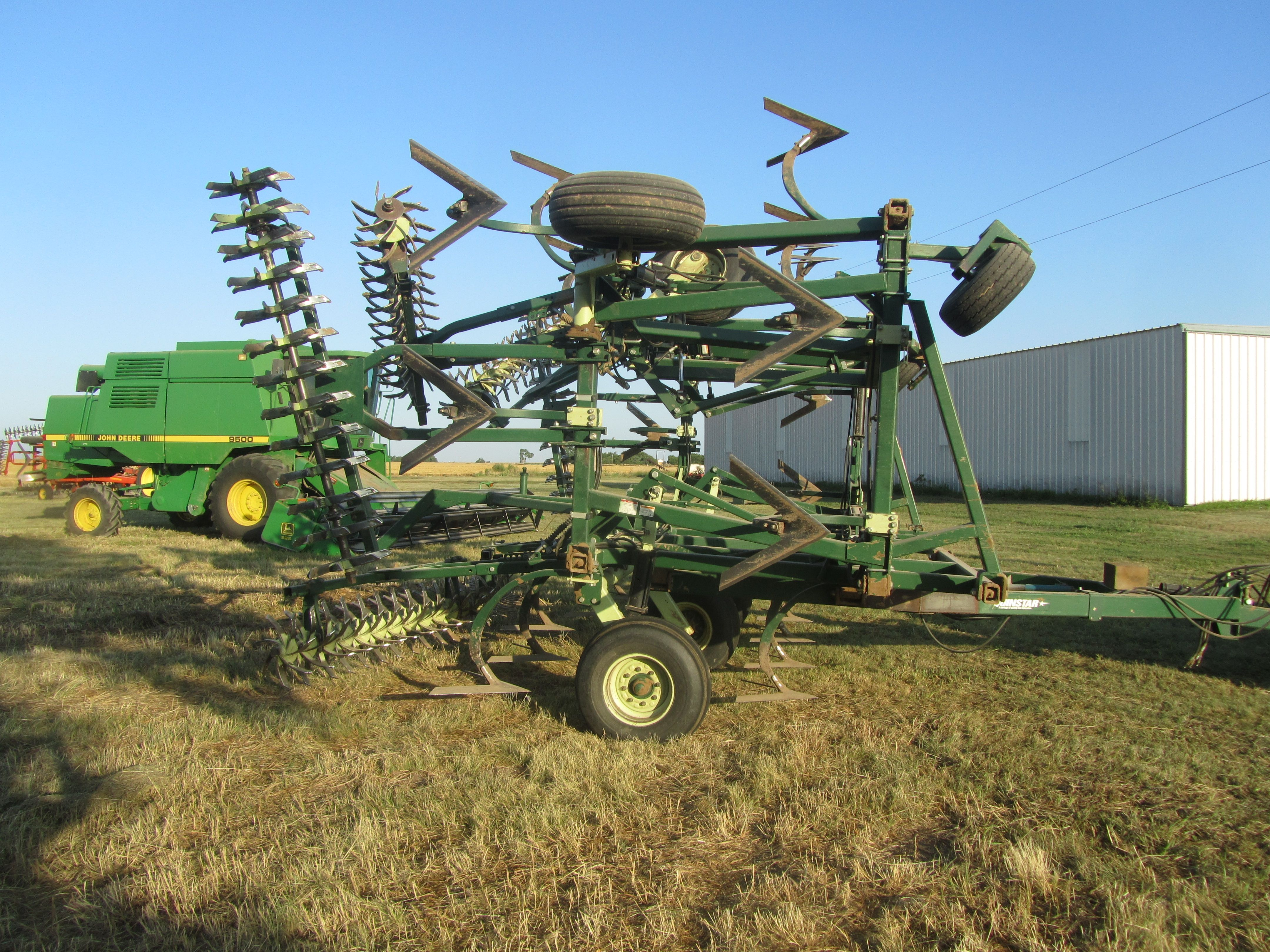 Item 92 in FARM MACHINERY AUCTION gallery
