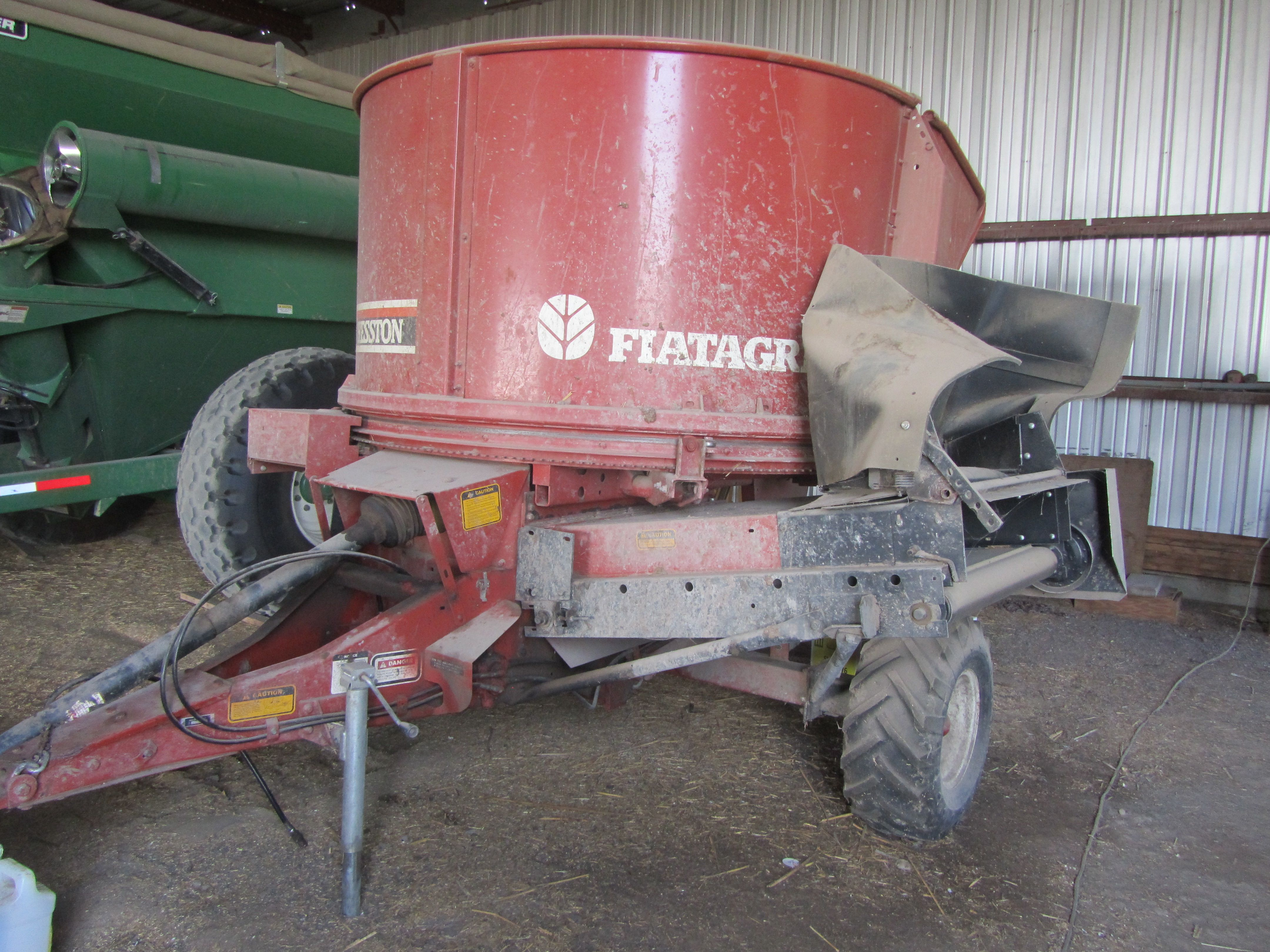 Item 35 in FARM MACHINERY AUCTION gallery