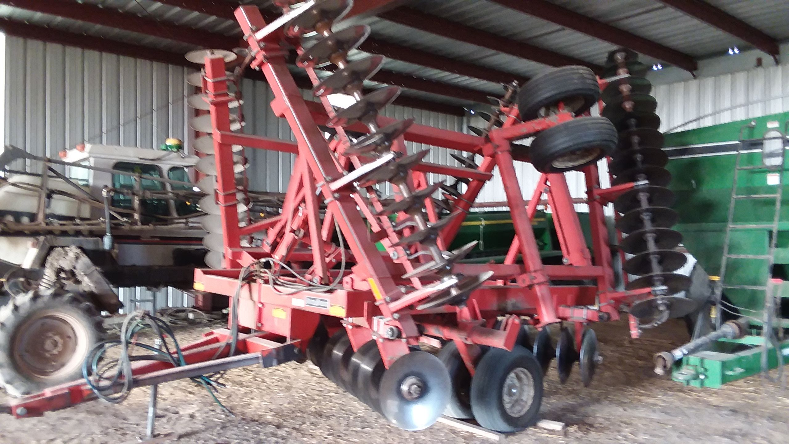 Item 15 in FARM MACHINERY AUCTION gallery